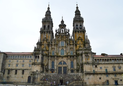 Ofertas hoteleras de Santiago de Compostela - Iglesia
